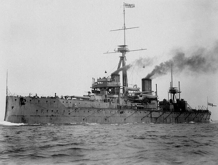 Cuirasat englez HMS Dreadnought